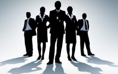 Aandeelhouders, uw verouderd management maakt dat jullie geld verliezen!